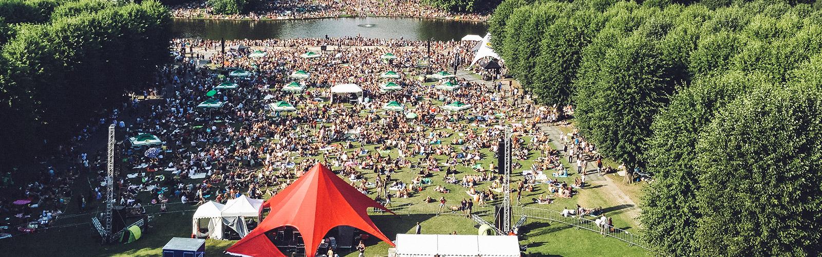 Stella Polaris i Frederiksberghave en sommerdag i august